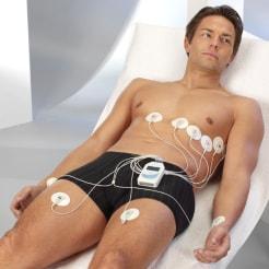 Patient mit EKG-Elektroden